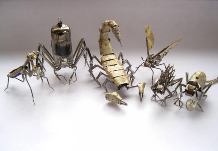 Миниатюрные механические насекомые (11 фото)