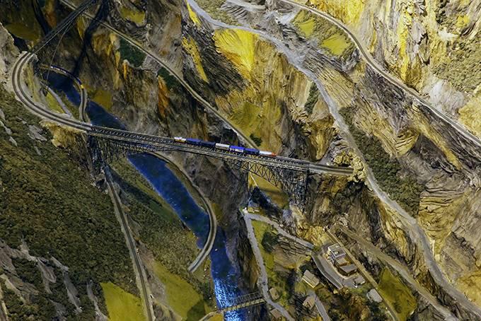 Крупнейшая модель железной дороги в мире (14 фото)