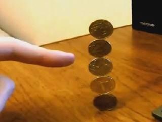 Нереальный фокус с монетами