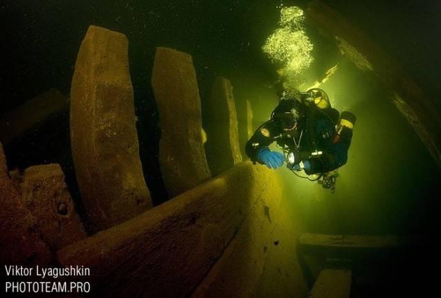 Работа подводных археологов (15 фото)