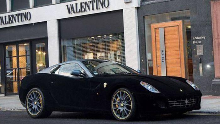 Бархатная Ferrari в Лондоне (7 фото)