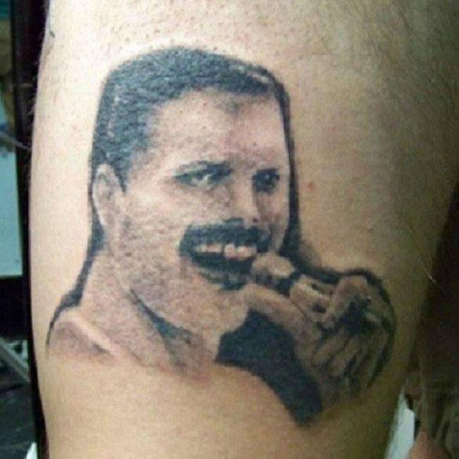Самые неудачные татуировки знаменитостей (33 фото)