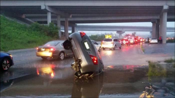 Наводнение в Торонто (31 фото)