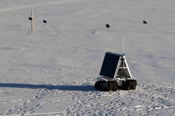 Полярный вездеход NASA прошел первые серьезные тесты  (6 фото)