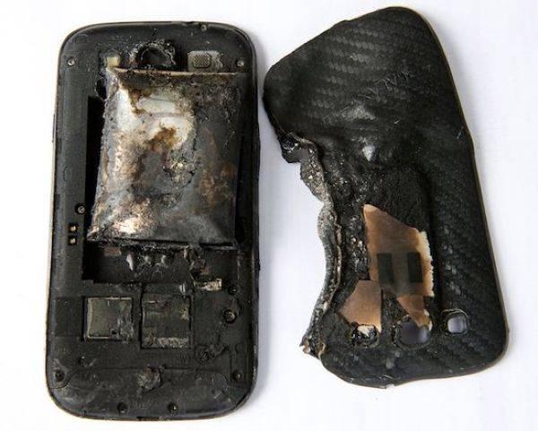 Не носи смартфон в кармане! (3 фото)