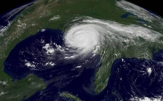 В США существует список имён для названий ураганов, а имена ураганов-убийц из этого списка вычёркиваются
