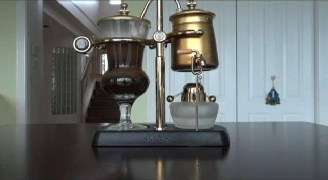 Кофемашина из 19-го века (2 фото)