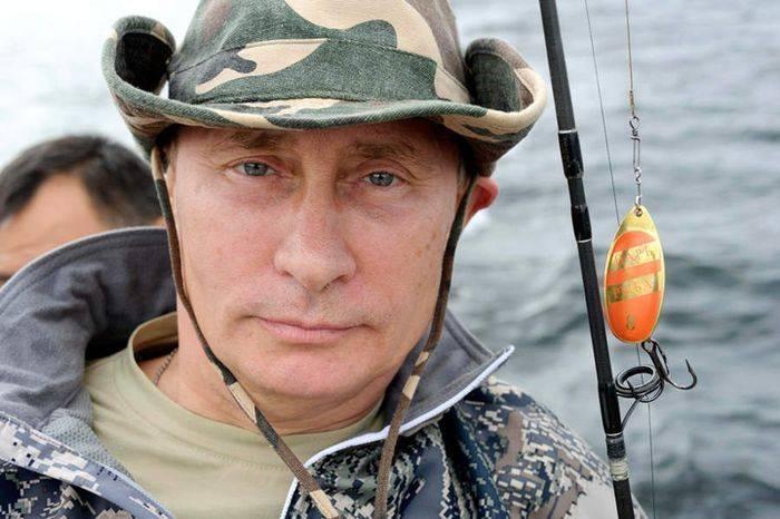 Путин и щука (13 фото)