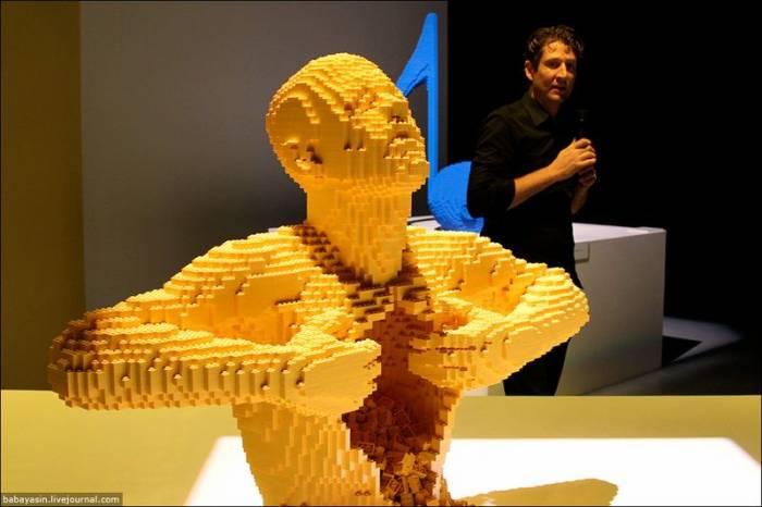 Выставка скульптур из Lego (23 фото)