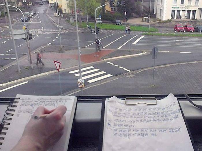 Необычное развлечение для пешеходов (5 фото)