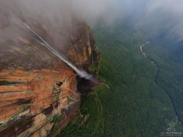Самый высокий в мире водопад (13 фото)