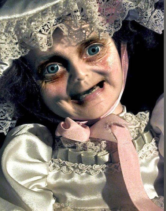 Страшные куклы (18 фото)