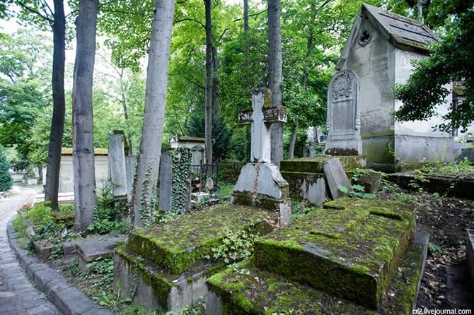 Кладбище Пер-Лашез в Париже (27 фото)