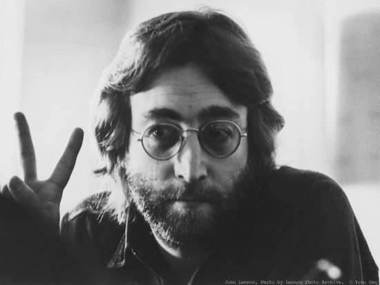 Стоматолог хочет клонировать Джона Леннона их его гнилого зуба
