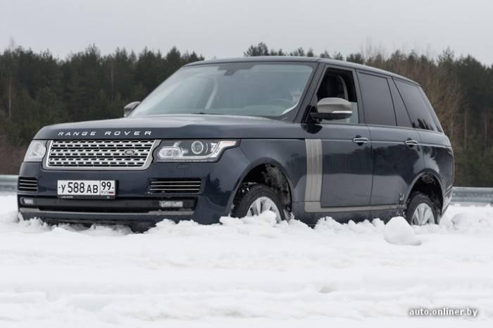 Пытаемся застрять в сугробе на новом Range Rover (36 фото)