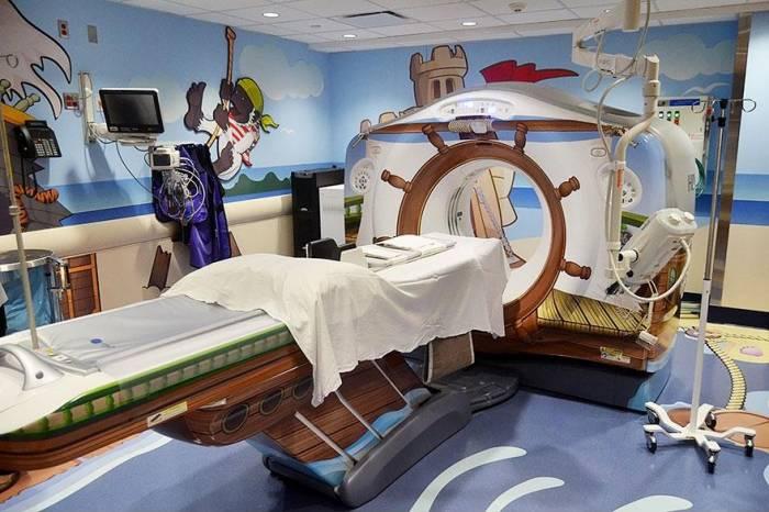 Томограф для детей в виде пиратского корабля (9 фото)