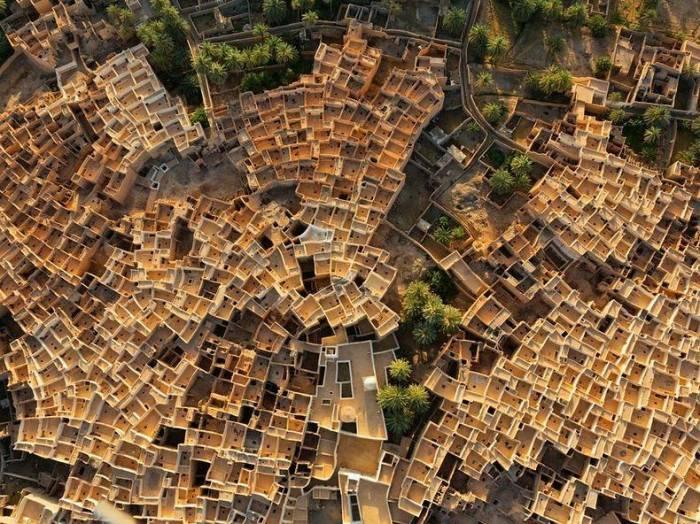 Гадамес — город на краю пустыни (14 фото)