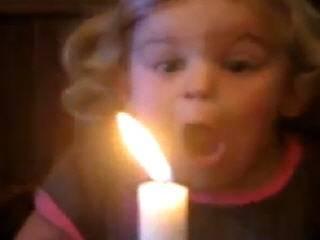 Малыш и свеча
