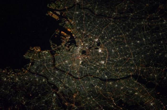 8 самых «светящихся» городов мира: удивительные снимки из космоса (14 фото)