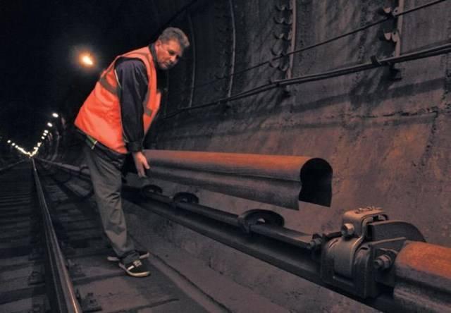 Московское метро не спит (14 фото)