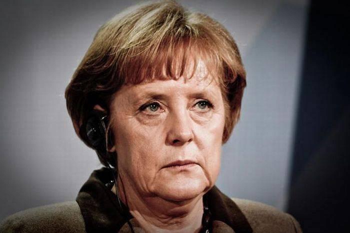 Ангела Меркель, такую вы ее еще не видели (5 фото)