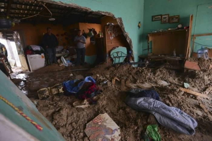 Шторм и ураган в Мексике (20 фото)