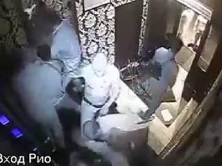 Драка на фейсконтроле в клубе