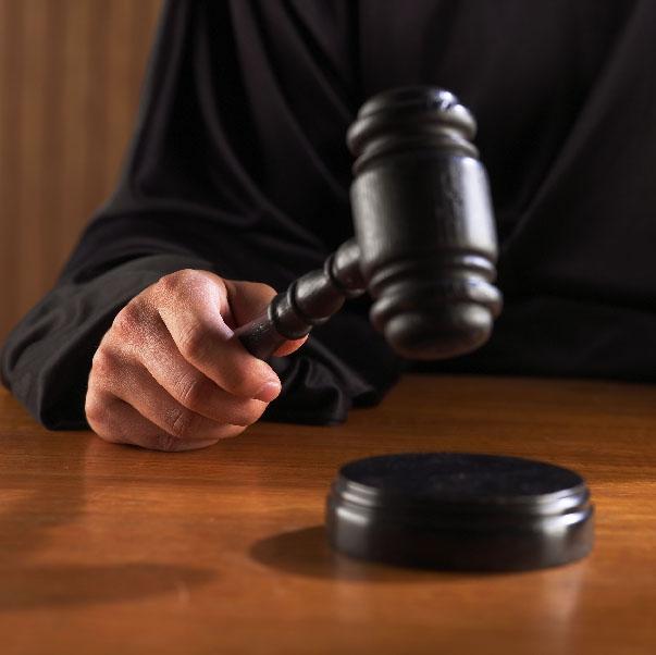 Особенности выбора адвоката при уголовных разбирательствах (6 фото)