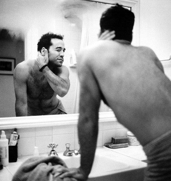Знаменитые мужчины до 10 утра (28 фото)