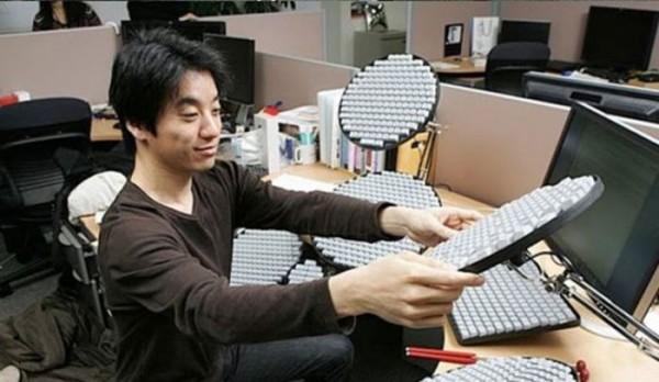 Как думаете - что это за клавиатура?  (4 фото)