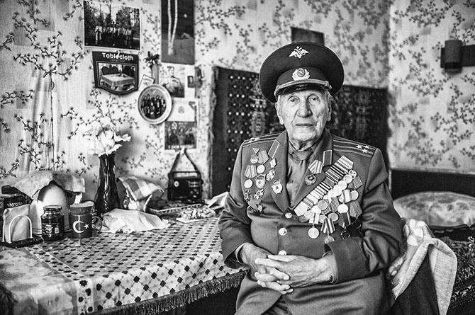 Мечты и профессии россиян от года до 100 лет (25 фото)