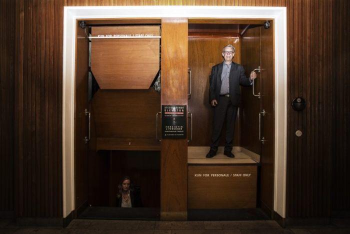 Патерностер – опасный лифт (3 фото)