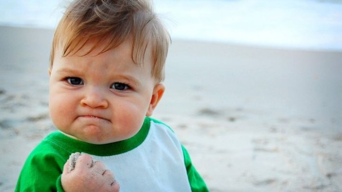 Благодаря герою мема «Успешный ребёнок» его семья собрала деньги на операцию (7 фото)