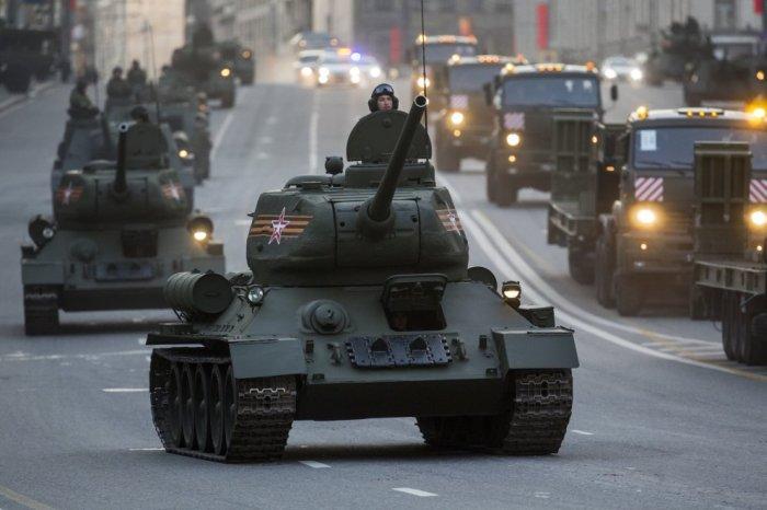 Какую военную технику покажут на главном параде Победы (11 фото)