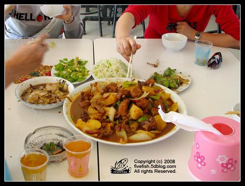 Как вести себя в китайском ресторане: заказ и чаевые (8 фото)
