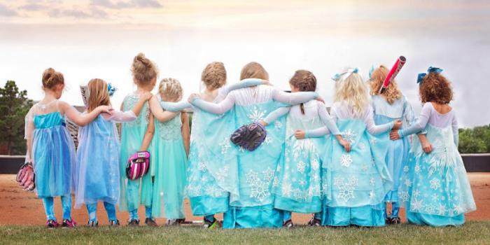 Команда девочек-бойцов (9 фото)