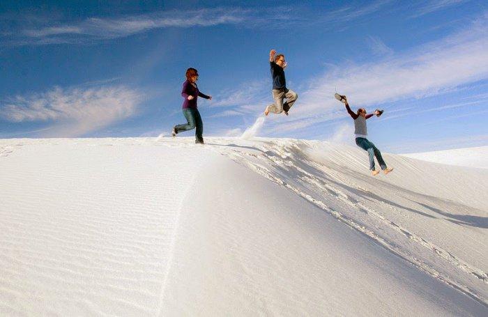 Гипсовая пустыня белого песка (10 фото)