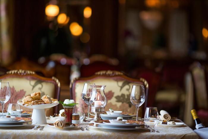 Свадебный банкет в «Пьяцце Россе» – яркий праздник для молодоженов и их гостей (8 фото)