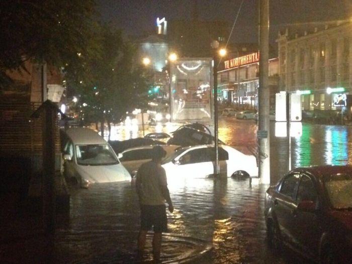 Потоп в Ростове-на-Дону (20 фото)