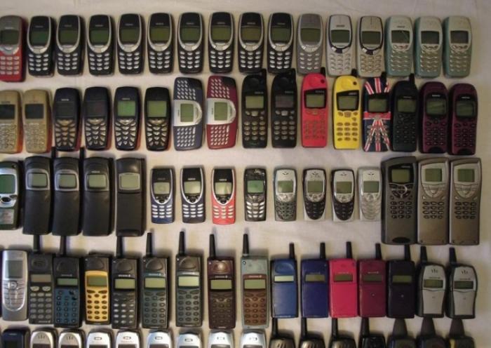 От взгляда на эту коллекцию мобилок у меня дух захватывает (7 фото)