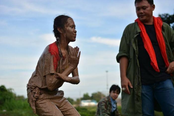 Армейская дедовщина - семечки по сравнению с посвящением тайских студентов (30 фото)
