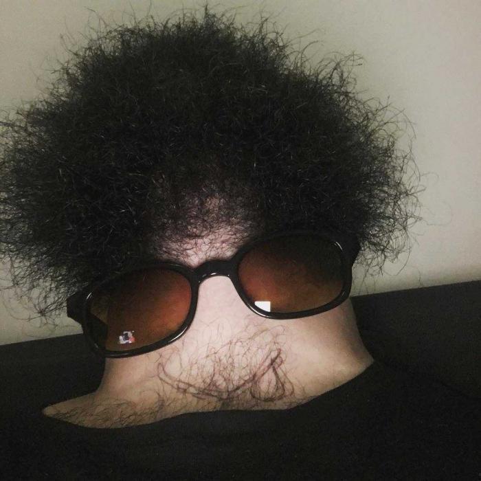 Бороды, вид снизу: Новый странный и немного пугающий флешмоб (5 фото)