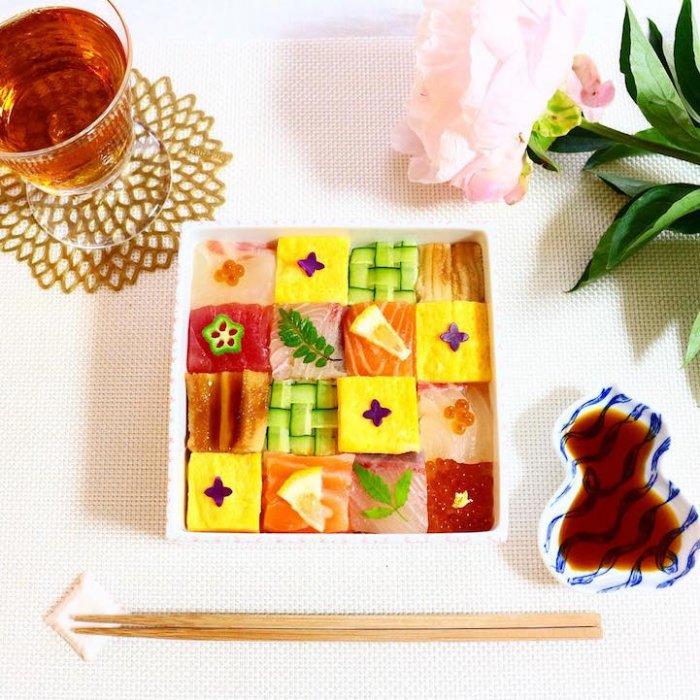 Мозаичные суши-сеты: новый тренд фуд-фото (11 фото)