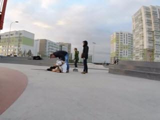Драка в скейт-парке