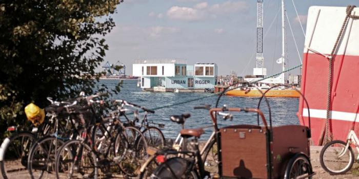 Плавающие общежития из морских контейнеров для датских студентов (15 фото)