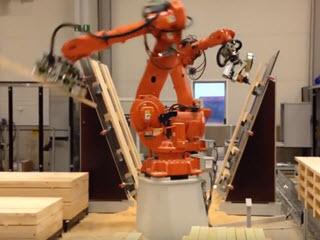 Робот столяр