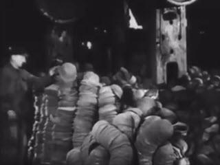 Что стало с немецкими касками после войны