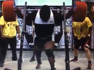 Присел со штангой 455 кг