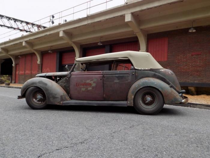 Рэт-род для выставки SEMA на базе Ford Phaeton 1937 (20 фото)