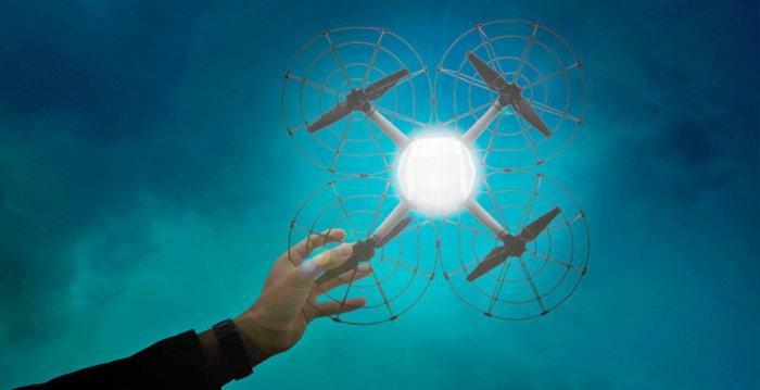 Книга рекордов Гиннеса: дроны заменят фейреверки (2 фото)